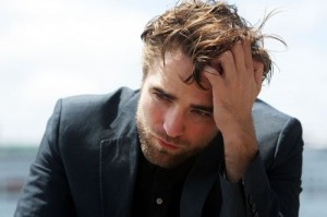 robert-pattinson-102212- (000)